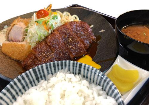 ロースかつ魚ミックス定食